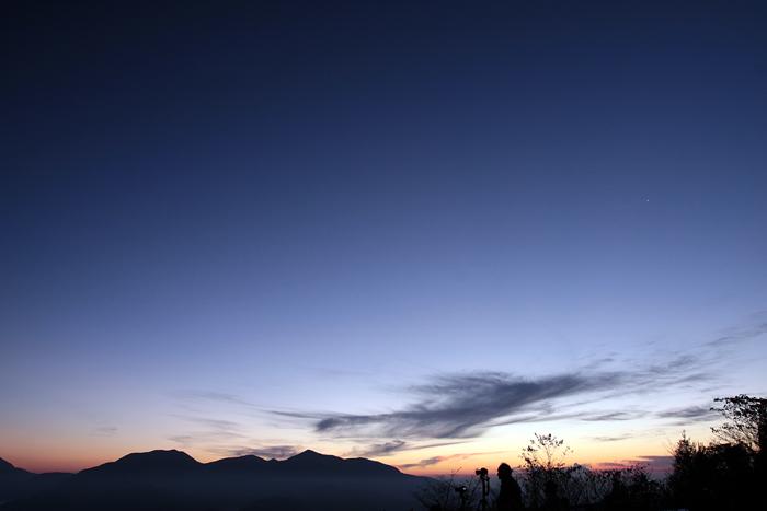 夜明けの写真家_e0180823_22595074.jpg