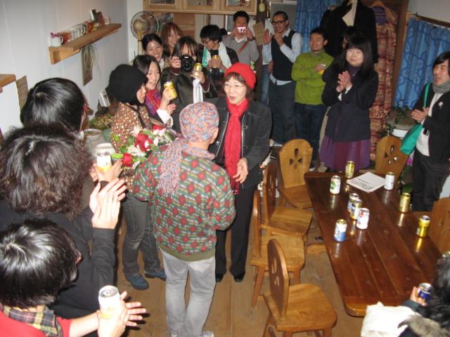 スガノサカエの図画展レセプションパーティー!_b0207642_149419.jpg