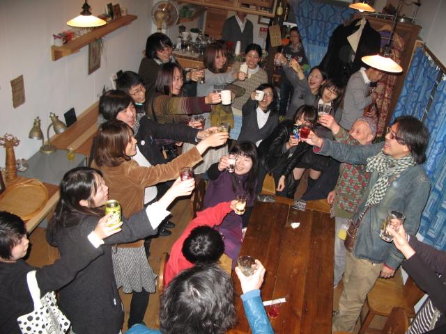 スガノサカエの図画展レセプションパーティー!_b0207642_211428.jpg