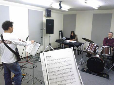 ☆バンド活動、開始します☆_e0142585_14212910.jpg