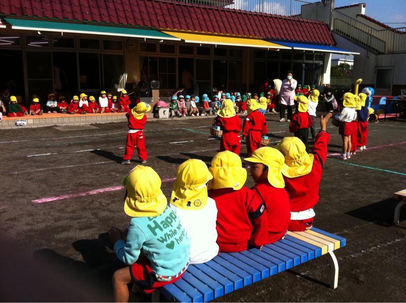 来週保育園のお遊戯会です_b0188106_1547144.jpg