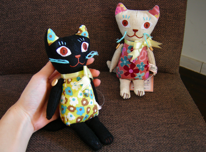 ナタリー・レテ Cat music Doll & Cat stuffed Toy_a0130646_1593914.jpg