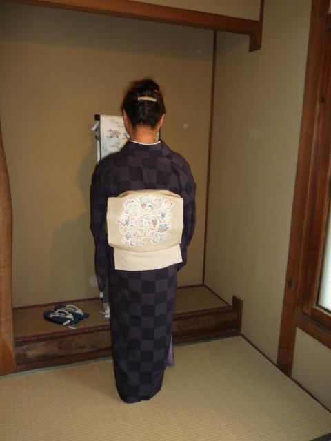 型染め作家さん・ビロードの小紋・スワトウの帯_f0181251_1729561.jpg