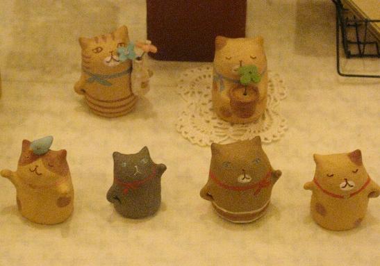 高円寺裏通り猫展 11日目  _e0134502_13312613.jpg