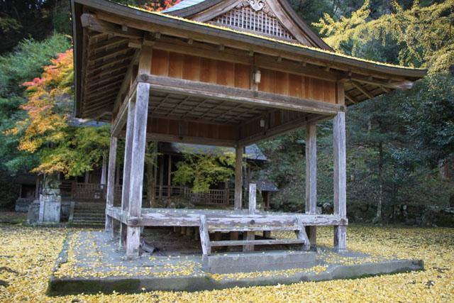 岩戸落葉神社_e0048413_22592312.jpg