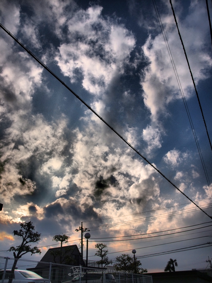 雲と光。_e0096928_17491565.jpg