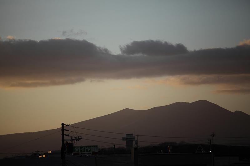 樽前山に光るものが なんだろう?_a0160581_1123812.jpg