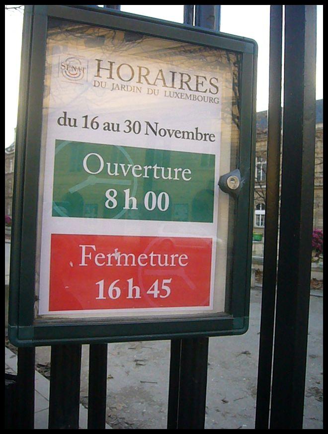 【Jardin du Luxembourg】11月26日初雪のパリ(PARIS)_a0008105_216984.jpg