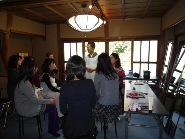 加藤ますえさん・新型ヘアスタイル講習会。_f0181251_16394398.jpg