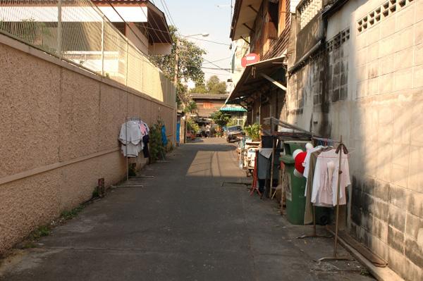 バンコク散歩(8)_b0131470_1395833.jpg