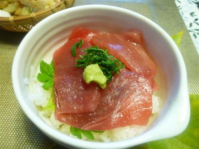 暖かな日曜日、夕飯は麺とミニ丼(*^^)v_b0175688_20334595.jpg