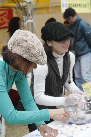 日比谷ファーマーズ&キッズの石鹸作り♥_c0209415_20133217.jpg