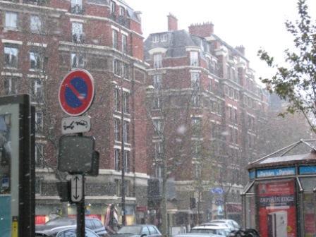 初雪のパリ_d0156457_9251741.jpg