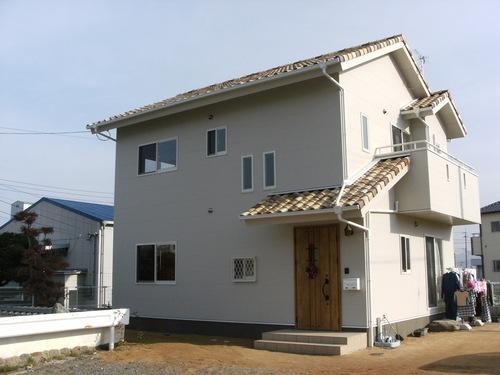 新築完成_a0167735_1292650.jpg