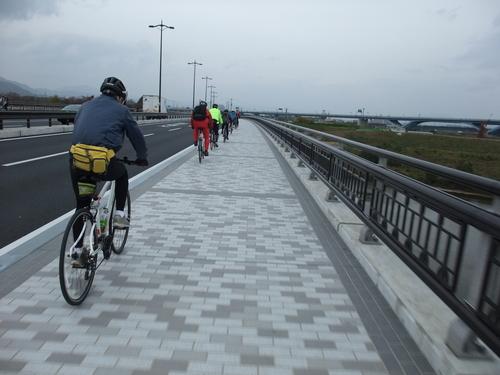 秋のサイクリング~八幡市・流れ橋 往復75km~_d0174462_172561.jpg