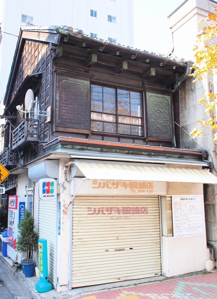 浅草橋の「出桁造り」_f0230666_217952.jpg
