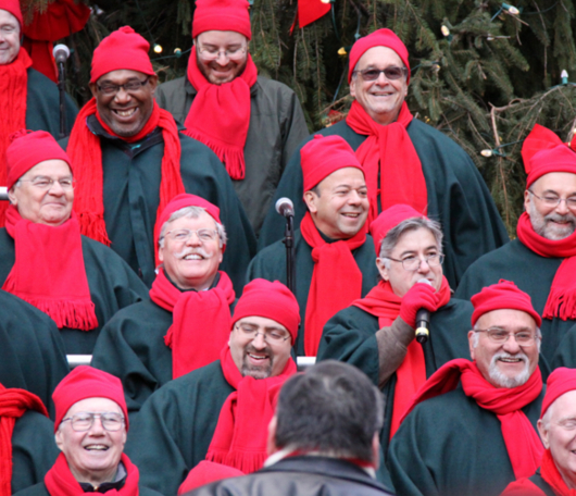 サウス・ストリート・シーポートの歌うクリスマス・ツリー 2010_b0007805_9164641.jpg