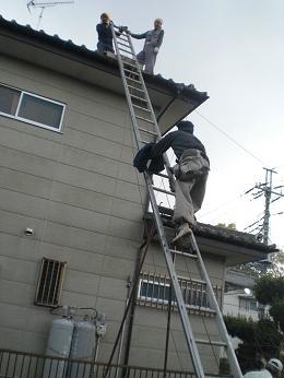 瓦屋根の雨漏り補修~棟の積み直し工事終了です。_d0165368_7374786.jpg
