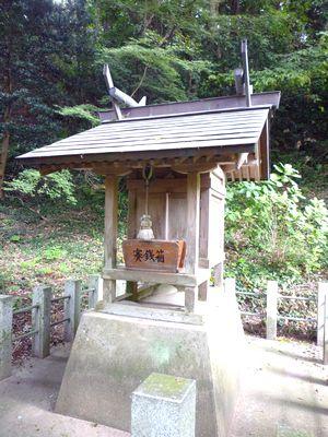 高倉神社(2)弥生の風景そのままに・伊賀彦は水銀産出の国から来て、ここに留まった_c0222861_1516390.jpg
