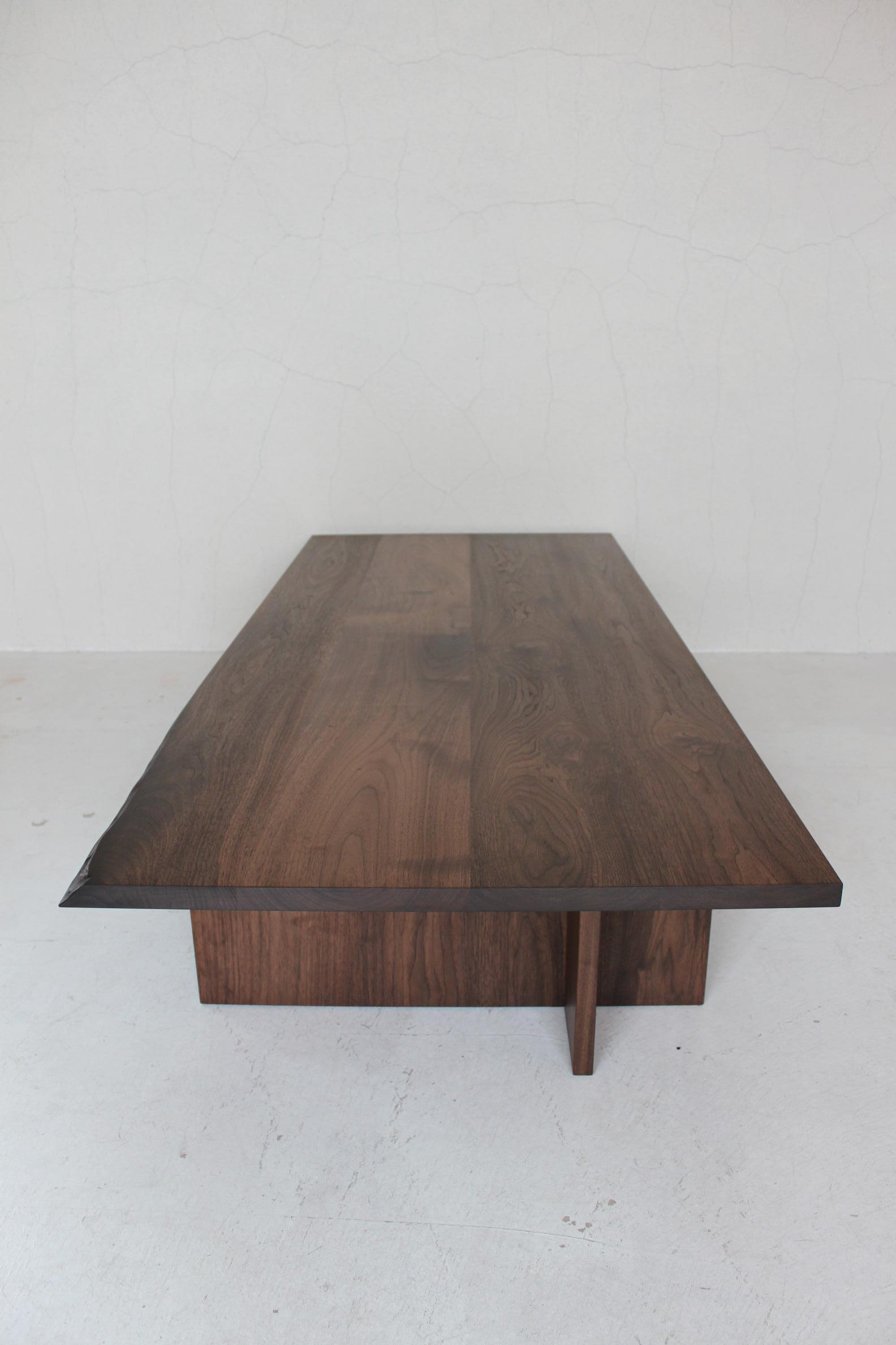 CS LOW TABLE_c0146581_2230071.jpg