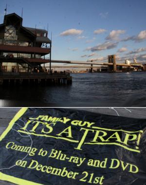 ニューヨークの港町エリアでユニークな販促プロモに遭遇_b0007805_2231022.jpg