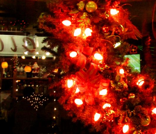 リトルイタリーのクリスマス・イルミネーション_b0007805_6411130.jpg