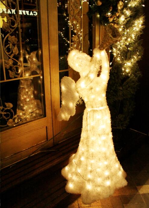 リトルイタリーのクリスマス・イルミネーション_b0007805_6474548.jpg