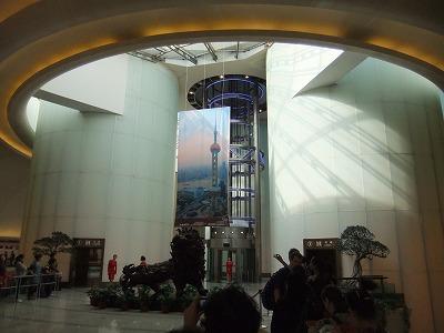 激旅!上海2泊3日2010 (9)~東方明珠塔_e0173645_8173960.jpg