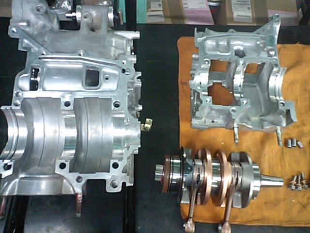 NSR250エンジン洗浄!!_e0114857_21473393.jpg