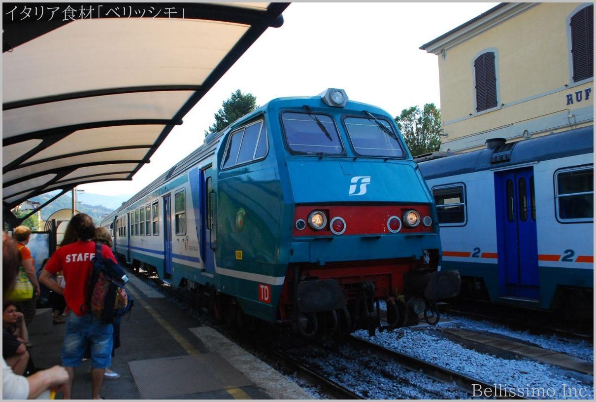 イタリア買い付け旅行 vol.12(21)「ローカル線で大慌て」_c0003150_165294.jpg