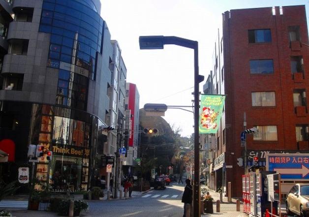 <2010年12月1日>港区探訪(その6):「麻布・青山・赤坂」編_c0119160_20253513.jpg