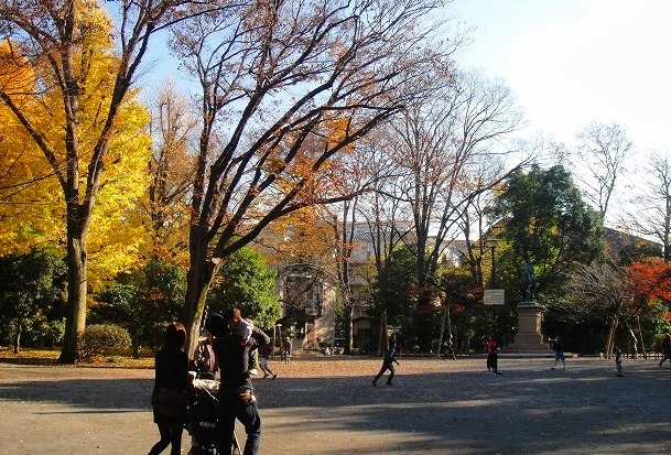 <2010年12月1日>港区探訪(その6):「麻布・青山・赤坂」編_c0119160_21532850.jpg