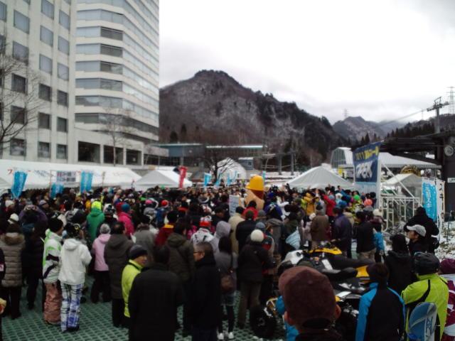 苗場スキー場 ☆ オープニングイベント_c0151965_325722.jpg