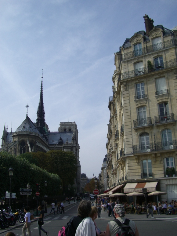 パリ サン=ルイ島からシテ島へ_d0116009_5244718.jpg