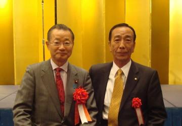 「河村建夫代議士を囲む会」が山口市のホテルで開かれた。 『日本を救う !... 河村建夫代議士を