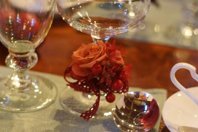12月、赤い花で飾る一軒家のフレンチ 仏蘭西舎すいぎょく様へ_a0042928_2310146.jpg