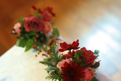 12月、赤い花で飾る一軒家のフレンチ 仏蘭西舎すいぎょく様へ_a0042928_2391631.jpg