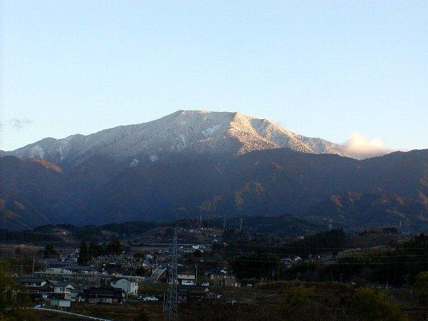 夕陽に映える雪化粧_c0057390_2249776.jpg
