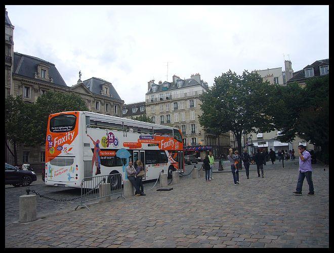 【観光バス】街角の観光バス(PARIS)_a0008105_203583.jpg