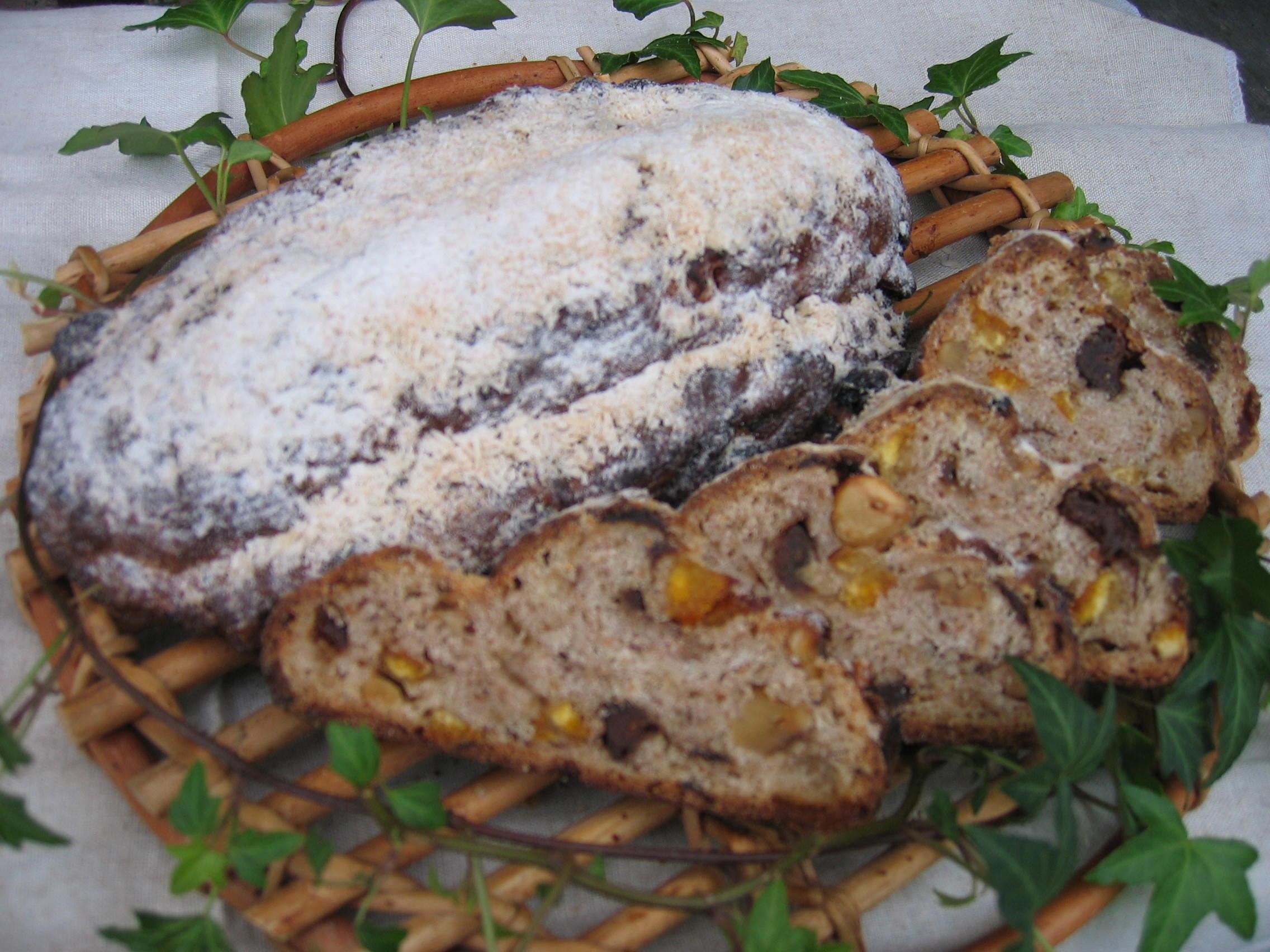 グルヌイユのシュトレン&カシュカシュのクリスマスケーキ_c0216265_511156.jpg
