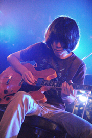 sleepy.ab〈2008/09/17掲載〉_e0197970_133737.jpg