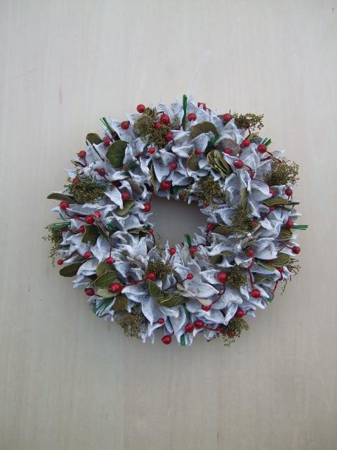 オークリーフ(今年のクリスマスリース)_f0049672_19165795.jpg