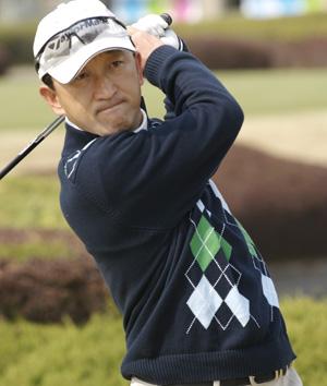 ゴルフアスリート:牛山正則プロをサポート!_c0003493_1950685.jpg
