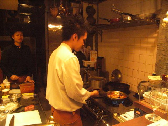 神楽坂での、お夜食_e0116211_11112255.jpg