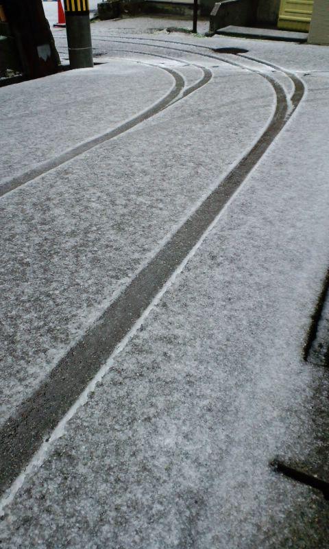 12月9日 山中に雪_d0093903_8471362.jpg