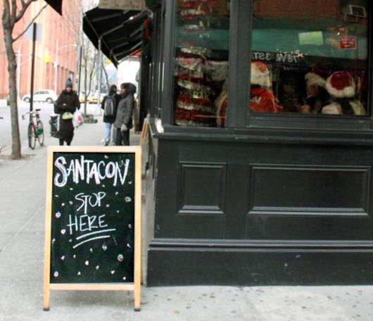 今年もNYにサンタコンがやってきました SantaCon 2010_b0007805_14304749.jpg