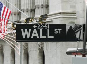 ウォールストリートのクリスマスツリー 2010_b0007805_22293231.jpg