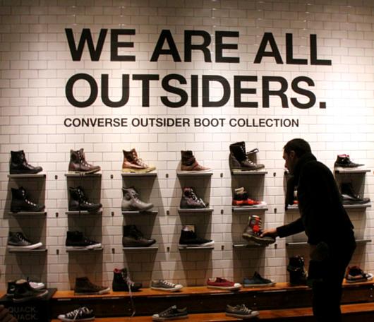 ニューヨークのSoHoにコンバース(Converse)の常設特別店がオープン!!!_b0007805_2594019.jpg
