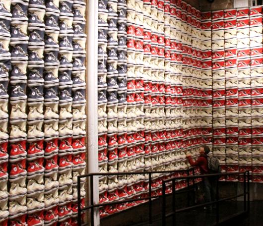 ニューヨークのSoHoにコンバース(Converse)の常設特別店がオープン!!!_b0007805_32832.jpg