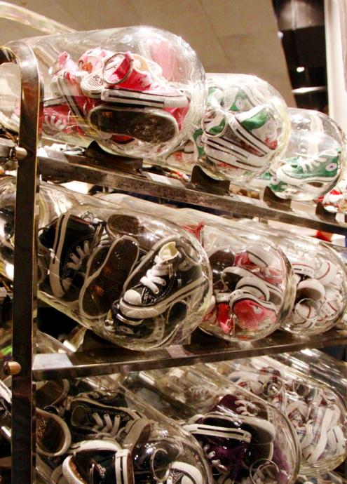 ニューヨークのSoHoにコンバース(Converse)の常設特別店がオープン!!!_b0007805_332118.jpg